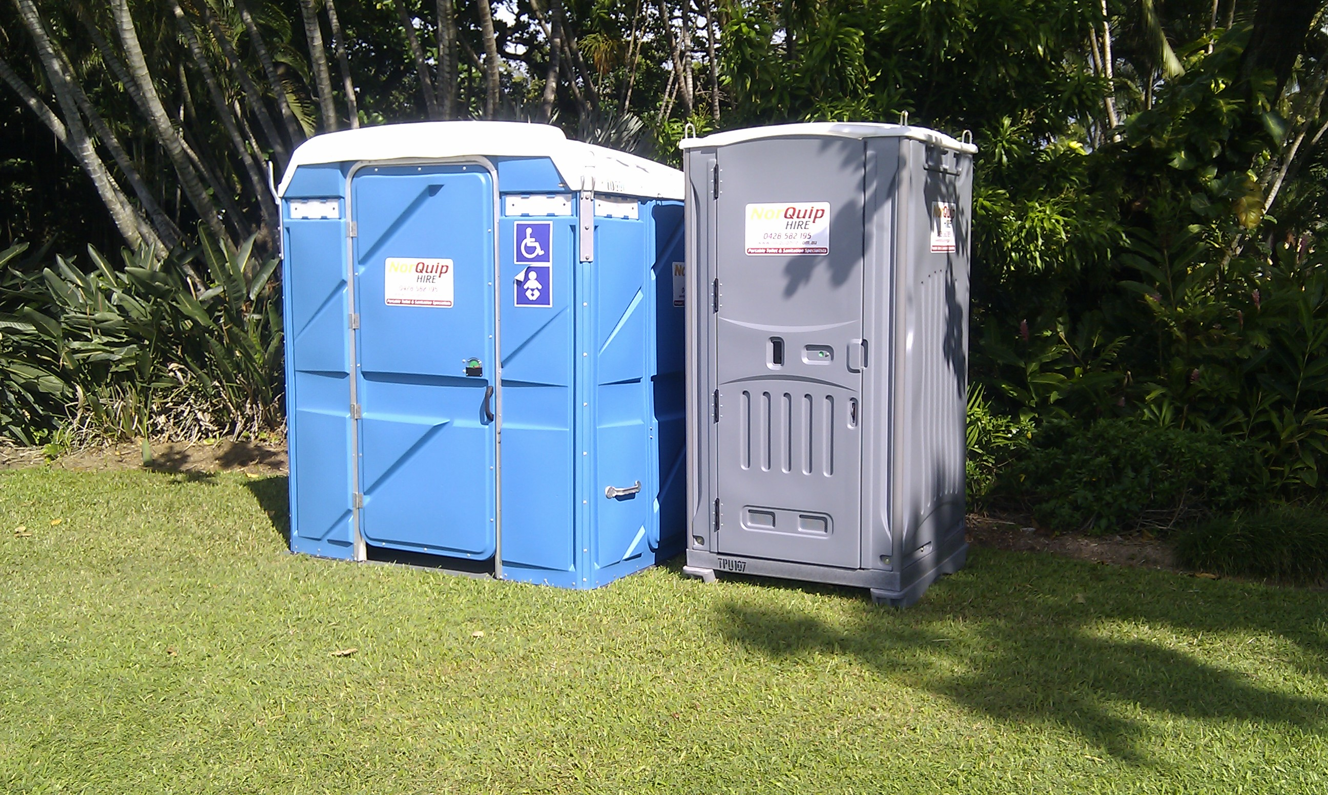 Event and deluxe portable toilets norquip hire for Deluxe portable bathrooms